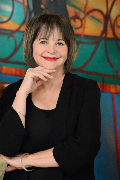 Cindy Williams in Me, Myself and Shirley at The Wick